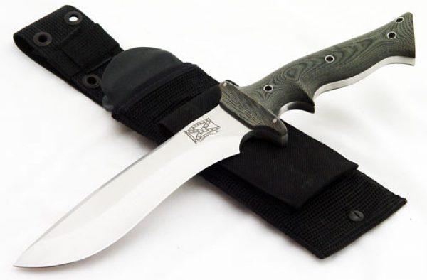 Walter Brend Merrill's Marauder fixed custom knives