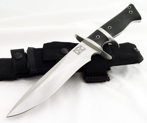 Walter Brend sub-hilt fighter fixed custom knife