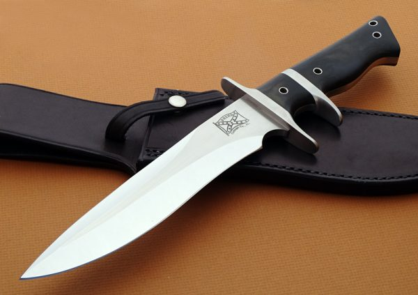 Walter Brend sub-hilt fixed custom knife