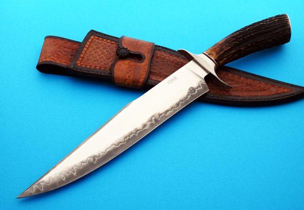 Claudio & Ariel Sobral bowie fixed custom knife