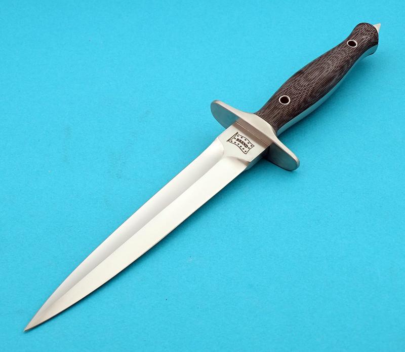 Brend-Sykes-Fairbain-DaggerII