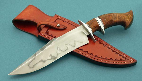 fixed custom knives Spencer Clark brute sub-hilt fighter knife Robertson's Custom Cutlery presentation fixed blade