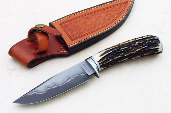 fixed custom knives Josh Fisher san mai stag hunter knife Robertson's Custom Cutlery hunters & skinners fixed blade